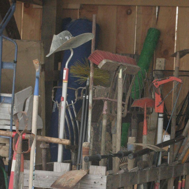Les bons outils au jardin - FERME DE SAINTE MARTHE